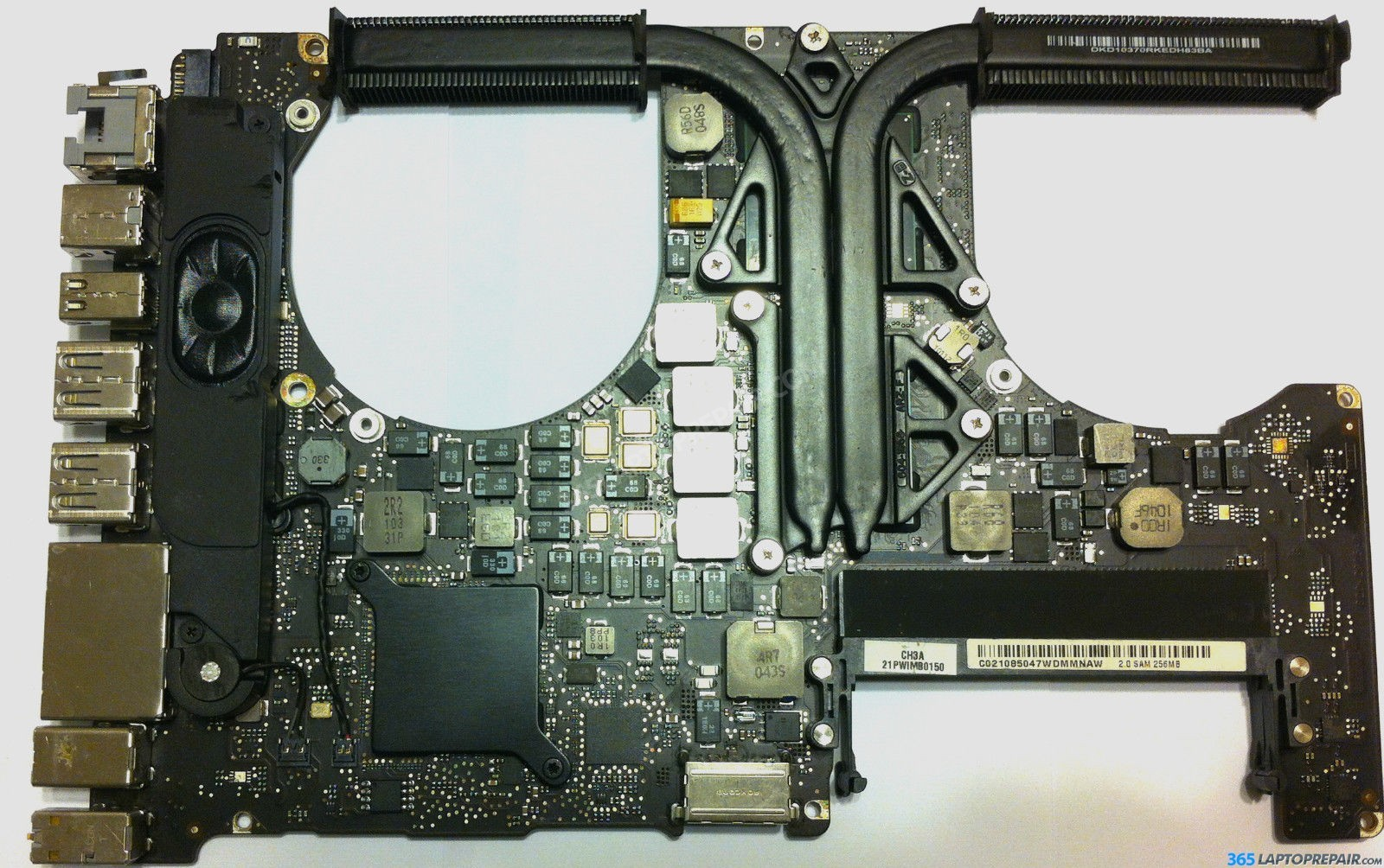 MacBook Pro A1286 MC723LL/A i7 2 2Ghz 15\